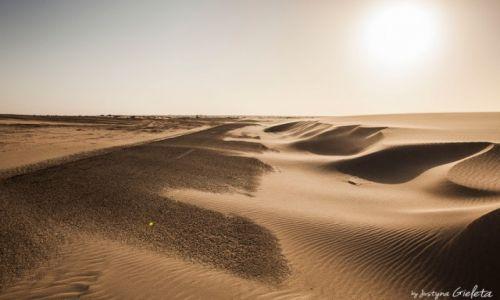 Zdjecie SAHARA ZACHODNIA / Sahara Zachodnia / Sahara Zachodnia / African Road Trip - zachód słońca Sahara Zachodnia