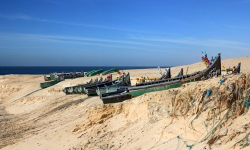 Zdjecie SAHARA ZACHODNIA /  Ad-Dachla-Wadi az-Zahab / C.DE PECHE AIN BIDA / W małym porcie rybackim