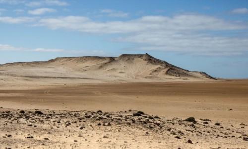 SAHARA ZACHODNIA / Ad-Dachla-Wadi az-Zahab / gdzieś po drodze / Pojeździć po dnie zatoki