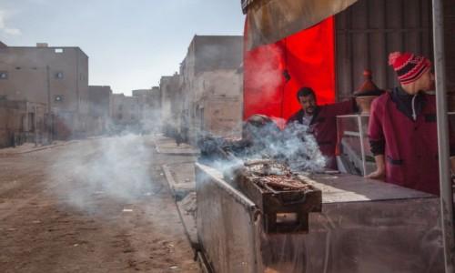 Zdjecie SAHARA ZACHODNIA / Al-Ujun-As-Sakija al-Hamra / Boujdour /  Grillowane rybki