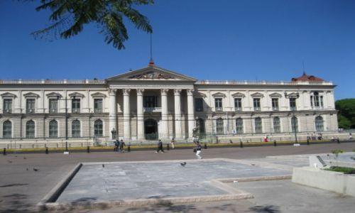 Zdjęcie SALWADOR / - / San Salvador / Gmach parlamentu w San Salwador