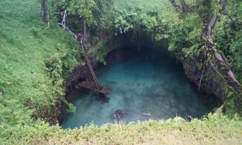 Zdjęcie SAMOA / Południe / Lotofaga / Kąpiel w dziurze