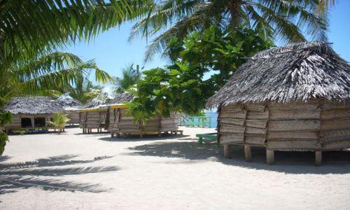 Zdjęcie SAMOA ZACHODNIE / Savaii, Tanu beach / Savaii / Domki do spania na plaży z materacem