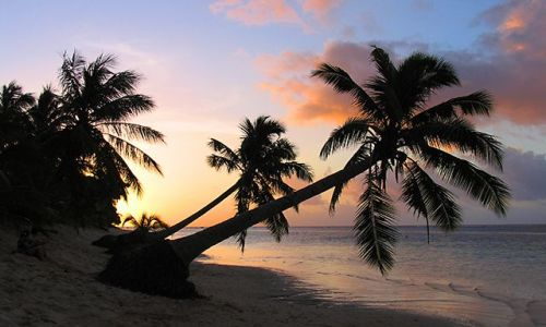 Zdjecie SAMOA ZACHODNIE / Savai'i / Manase Beach / Na plaży Manase