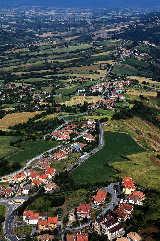 Zdjęcia: Mount Titano, San Marino, Drogi i dróżki, SAN MARINO