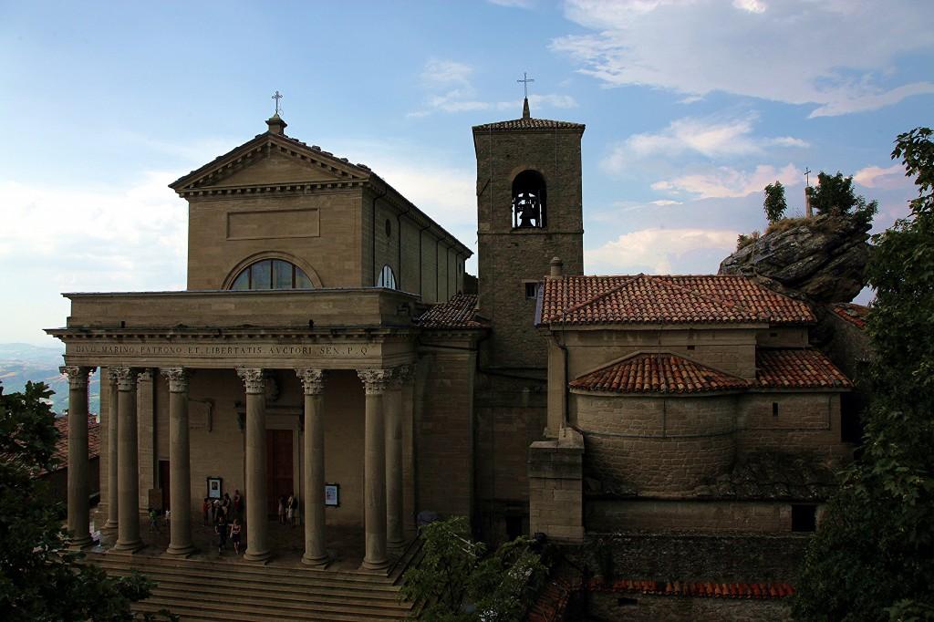 Zdjęcia: Mount Titano, San Marino,  Bazylika San Marino, SAN MARINO