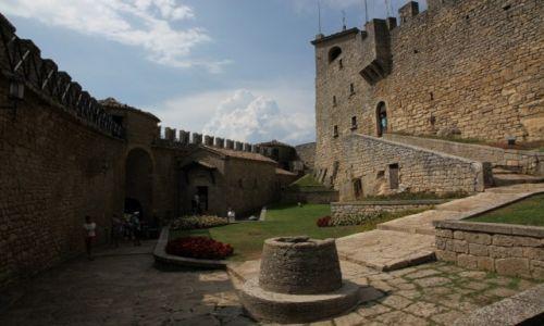 Zdjęcie SAN MARINO / San Marino / Mount Titano / Na zamku Guaita