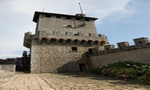 Zdjęcie SAN MARINO / San Marino / Mount Titano / Mury obronne