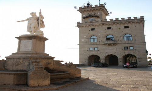 Zdjęcie SAN MARINO / San Marino / Piazza della Libertà  / Ratusz Palazzo Pubblico
