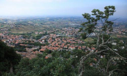 SAN MARINO / San Marino / Mount Titano / Przedmieścia