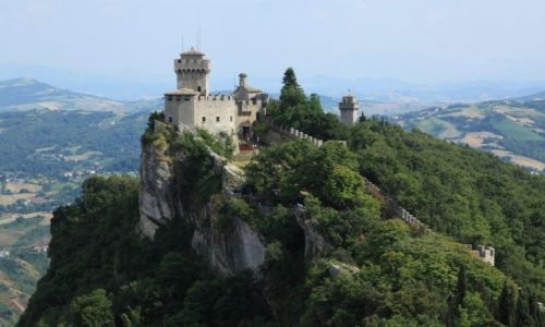 SAN MARINO / San Marino / Mount Titano / Zamek La Rocca o Guaita