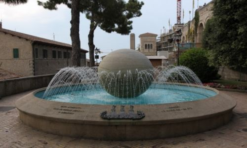 Zdjęcie SAN MARINO / San Marino / Centrum miasta / Fontanna