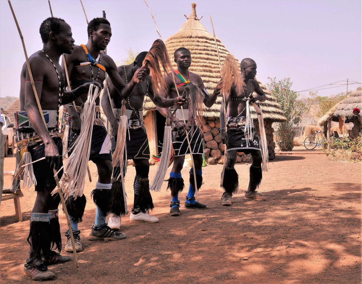 Zdjęcia: Wioska Bassari, Południowy wschód Senegalu, Senegalscy supermeni, SENEGAL