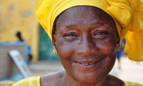 SENEGAL / pd-zach  / Wyspa Goree / Kobieta z wyspy Goree