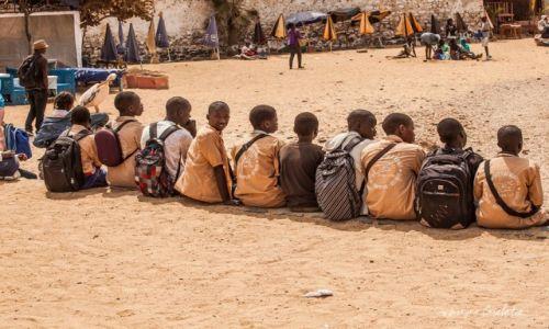 Zdjecie SENEGAL / Senegal / Senegal / African Road Trip - uczniowie na wyspie Ngore w Senegalu