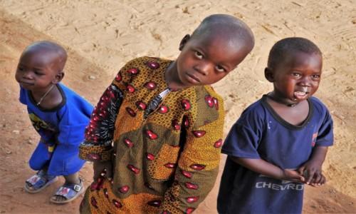 SENEGAL / Południowo-wschodnia część Senegalu / Okolice Kedougou / Trudno było zostać obojętnym...