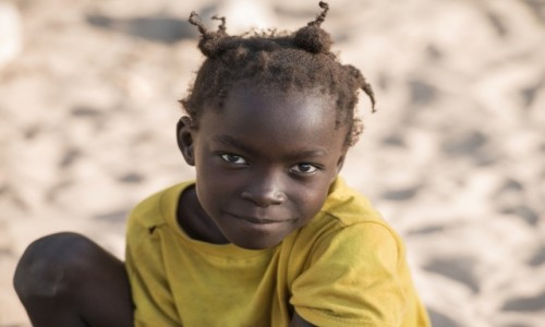 SENEGAL / Casamance / Na zachód od Zuiginhor / Championka ... 😁