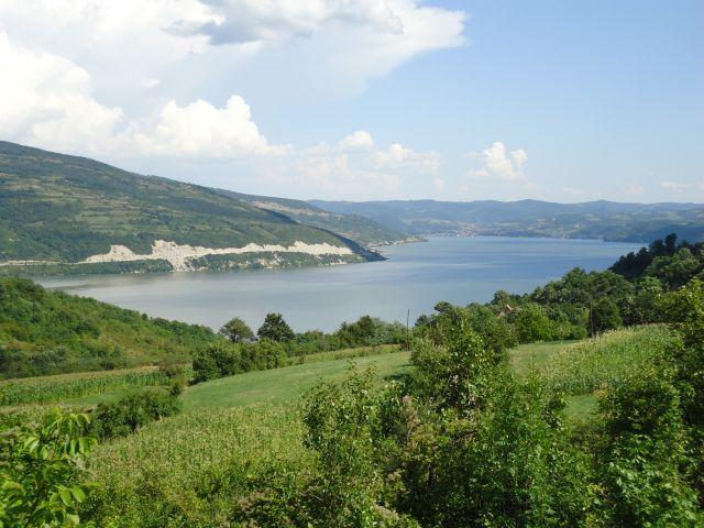 Zdjęcia: droga Golubac - Majdanpek, Branicevo, Trochę serbskich krajobrazów, SERBIA