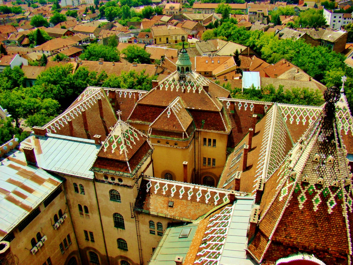 Zdjęcia: Subotica, Vojvodina, Subotica-ratusz widziany z własnej wieży, SERBIA