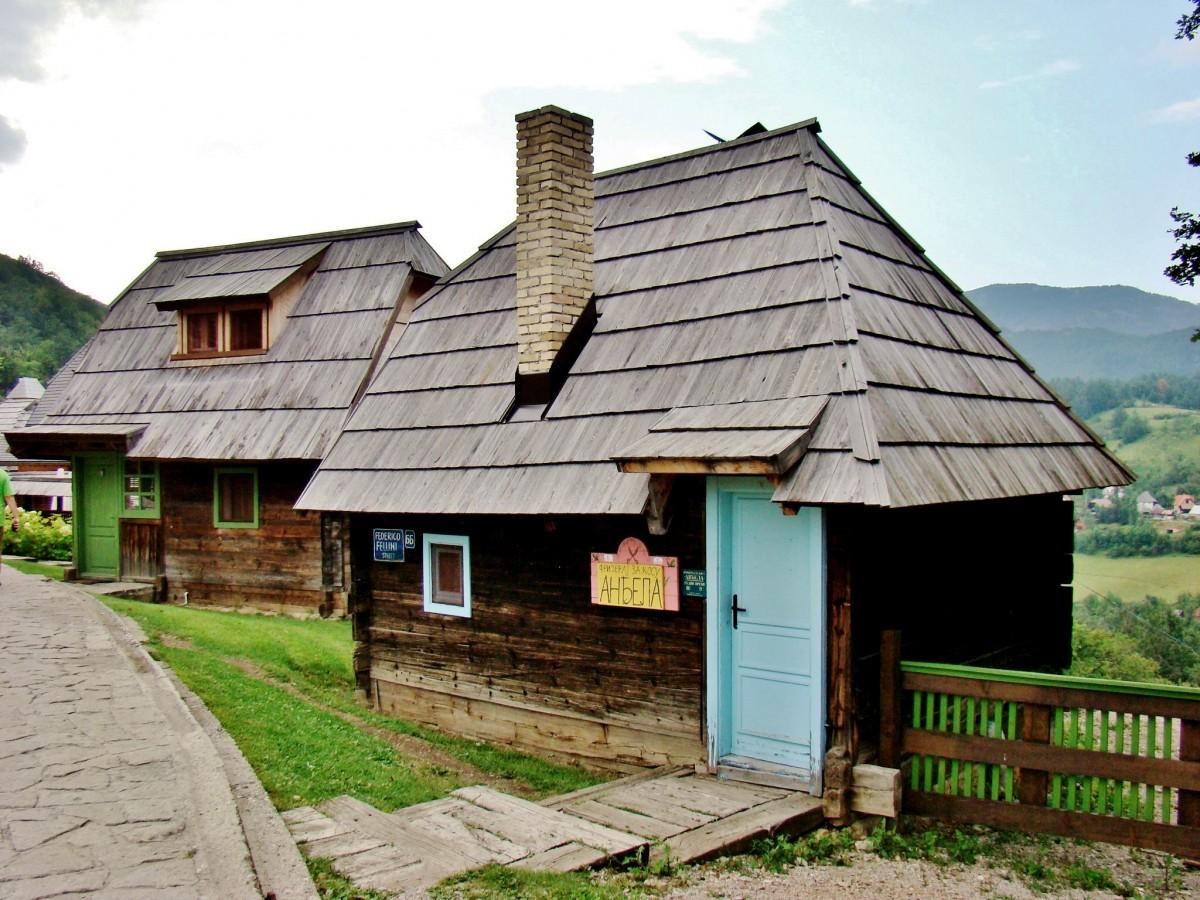 Zdjęcia: Drvengrad, zach.Serbia,Zlatibor, Drvengrad-drewniane miasto Kusturicy, SERBIA