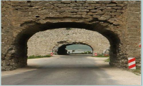 Zdjecie SERBIA / - / Twierdza Golubac / Tunel