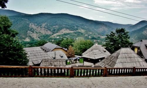 Zdjęcie SERBIA / zach.Serbia,Zlatibor / Drvengrad / Drvengrad-drewniane miasto Kusturicy