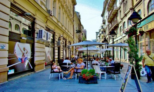 Zdjęcie SERBIA / - / Belgrad / Uliczka w Belgradzie