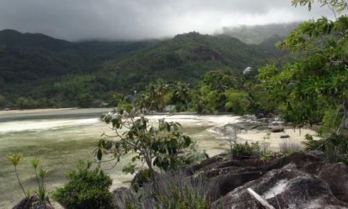Zdjęcie SESZELE / - / Mahe / bezludna wyspa