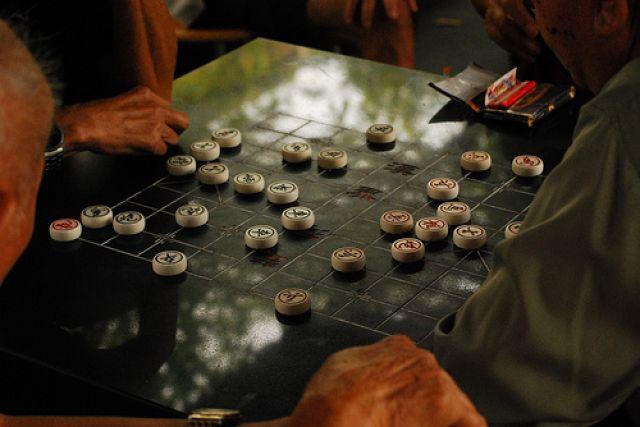 Zdjęcia: china town, pala papierochy i graja w szachy, SINGAPUR