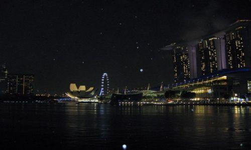 Zdjecie SINGAPUR / Singapur / Marina Bay / Konkurs - Singapur nocą