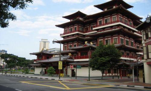 SINGAPUR / dzielnica chińska / Swiątynia / Buddha Tooth Relic Temple