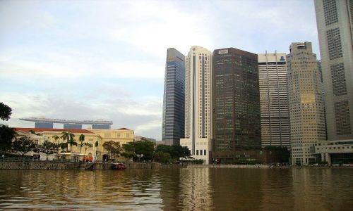 Zdjęcie SINGAPUR / Singapore / Singapore River / widok z rzeki