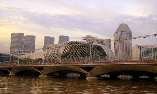 Zdjęcie SINGAPUR / Singapore / Singapore River / ciekawa architektura Singapuru