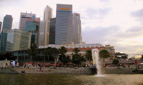 Zdjęcie SINGAPUR / Singapur / na rzece Singapore River / widok na City z Singapore Bay