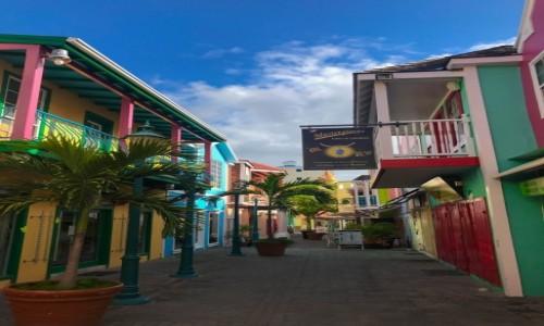 Zdjęcie SINT MAARTEN (Holandia) / Sint Maarten / Philipsburg / Ulice Sint Maarten