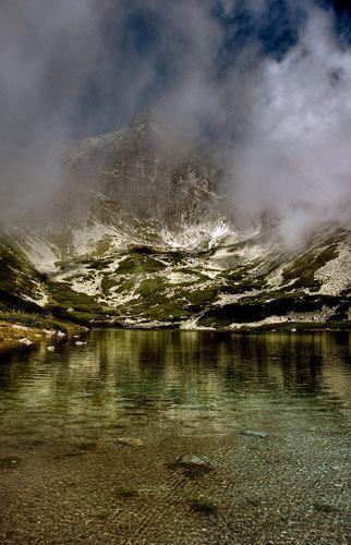 Zdjęcia: Skalne Jeziora, Tatry Wysokie, w chmurach , SłOWACJA