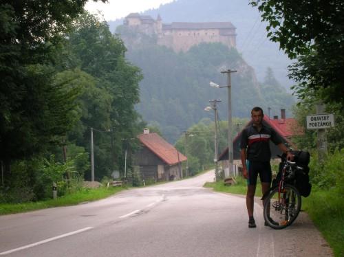 Zdjęcia: Oravsky Podzamok, Słowacja, Zamek, SłOWACJA