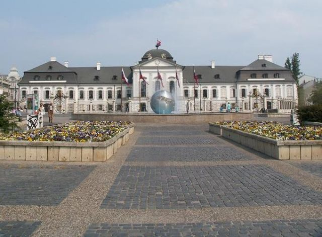 Zdjęcia: Bratysława, Zachodnia Słowacja, Pałac prezydencki, SłOWACJA