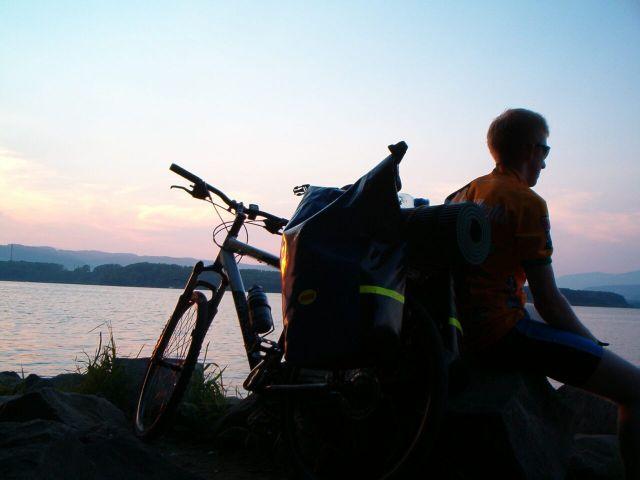 Zdjęcia: Jezioro Orawskie, Odpoczynek., SłOWACJA
