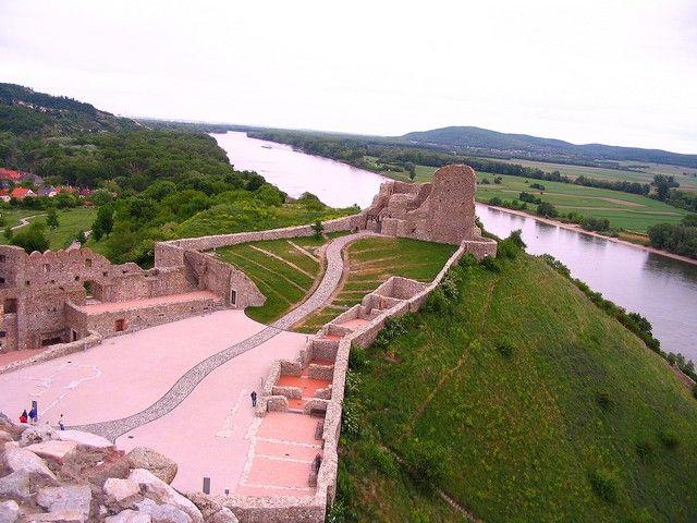 Zdjęcia: Bratysława, Zamek w Devin, SłOWACJA