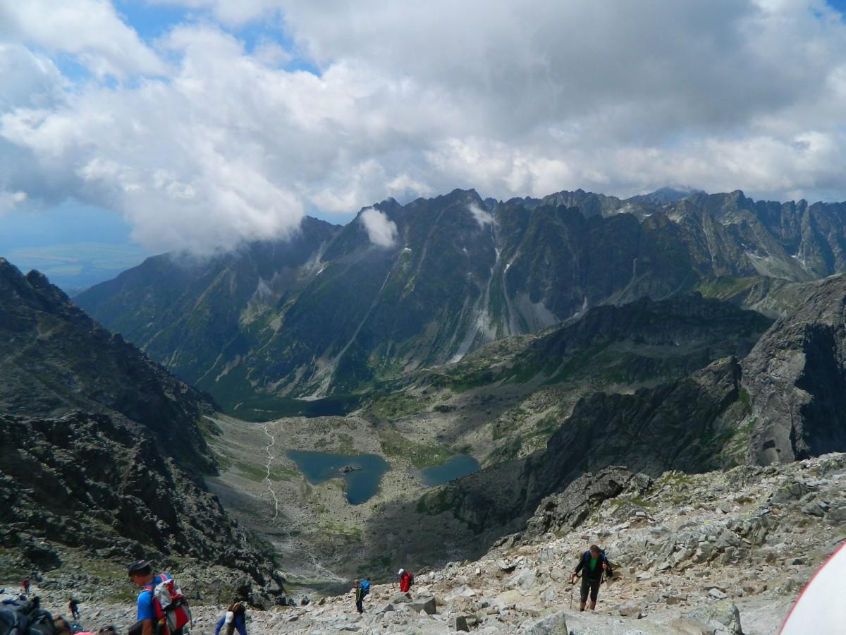 Zdjęcia: Szczyt Rysów  Słowackich 2503 m., Rysy., Dolina Żabia Mięguszowiecka z Rysów., SłOWACJA