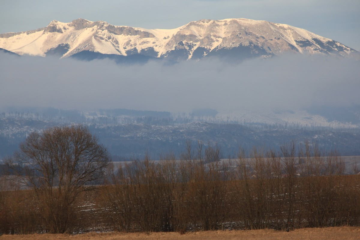 Zdjęcia: Wysokie Tatry, Poprad, Zza chmurki, SłOWACJA
