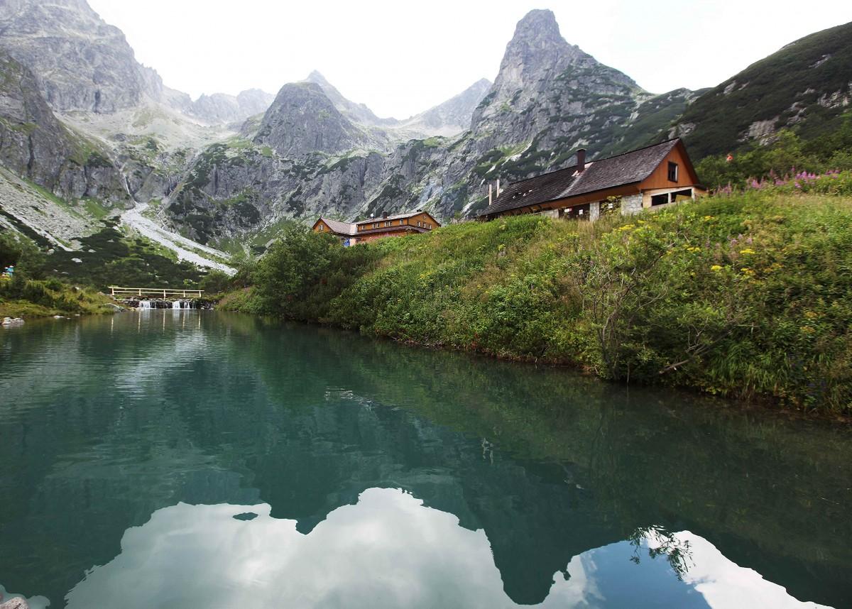 Zdjęcia: Zielony Staw Kieżmarski, Dolina Zielona Kieżmarska, W lustrze wody, SłOWACJA
