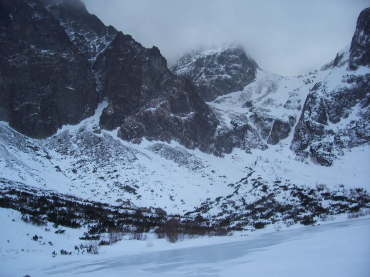 Zdjęcia: Dolina Kieżmarska / Dolina Zeleneho Plesa (okolica Schroniska nad Zielonym Stawem) , Tatry zimą , SłOWACJA