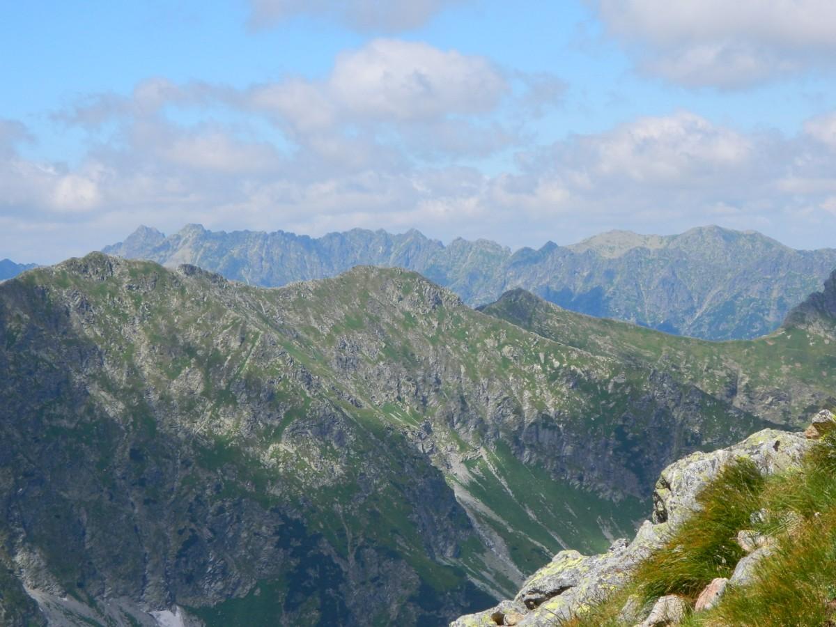 Zdjęcia: Dolina Jaworowa., Lodowa Przełęcz.2372 m., Polskie Tatry za Jaworowymi Szczytami., SłOWACJA
