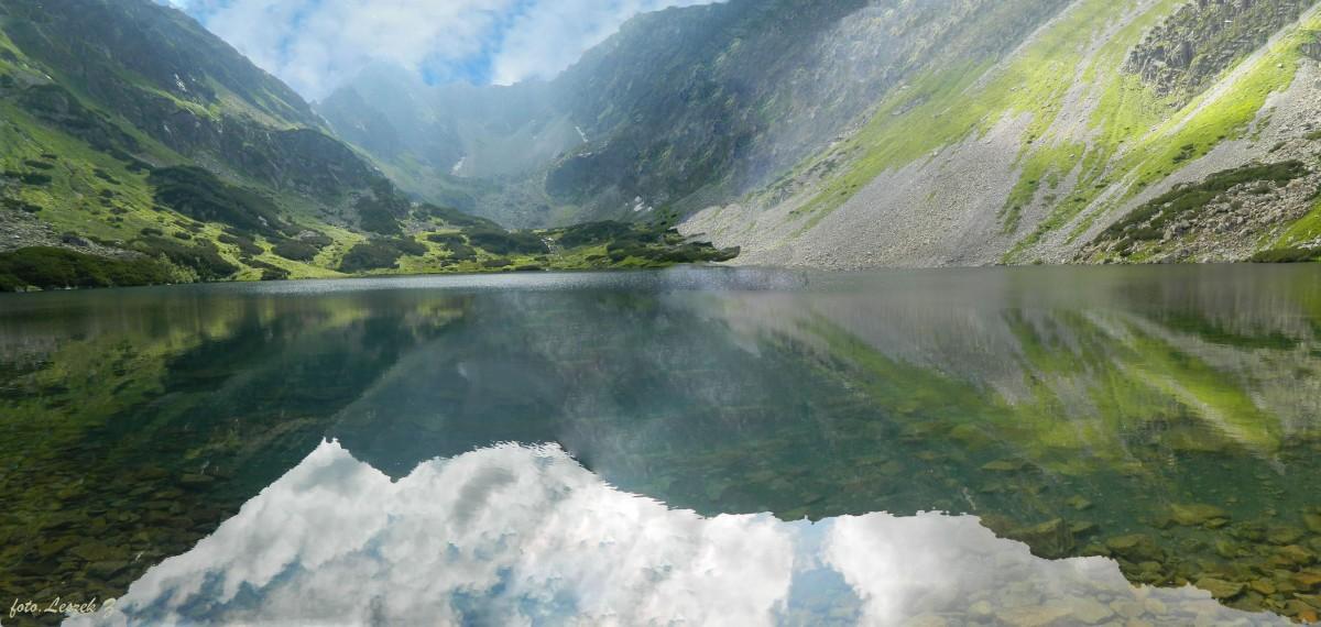 Zdjęcia: Dolina Ciemnosmreczańska., Odnoga Doliny Koprowej., Nad Niżnim Ciemnosmreczańskim Stawem - Panorama., SłOWACJA