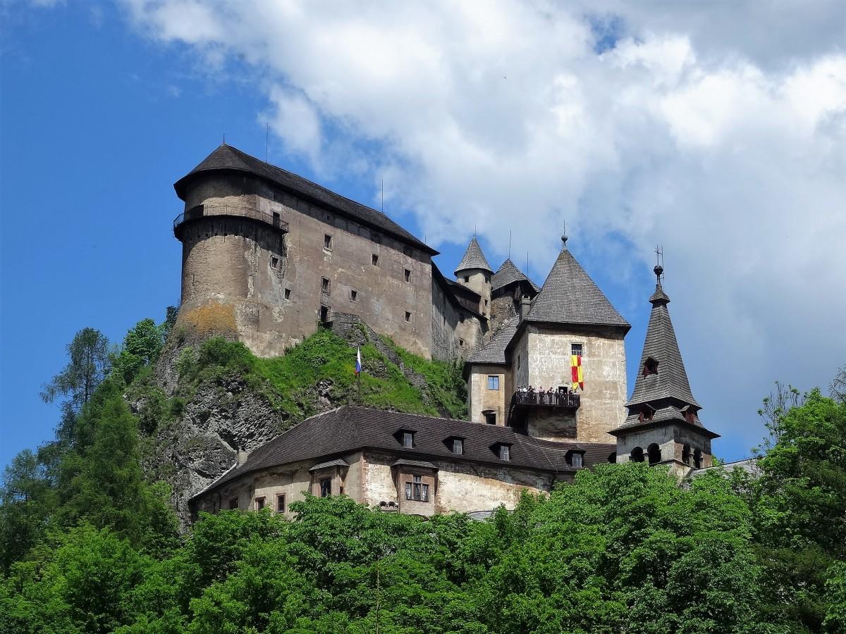 Zdjęcia: Zamek Orawski, Orawa, Jeden z wielu pięknych słowackich zamków, SłOWACJA