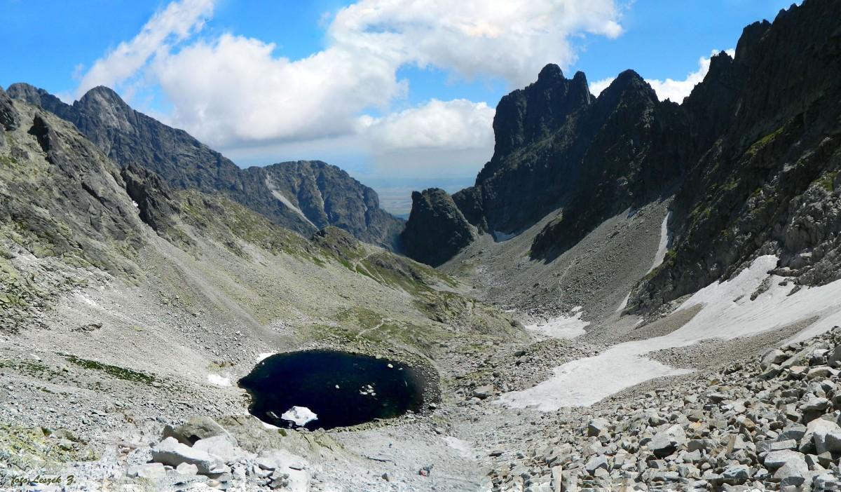 Zdjęcia: Lodowa Przełęcz (Siodełko), Wysokie Tatry., Widok Z Lodowej Przełęczy na Dolinkę Lodową., SłOWACJA