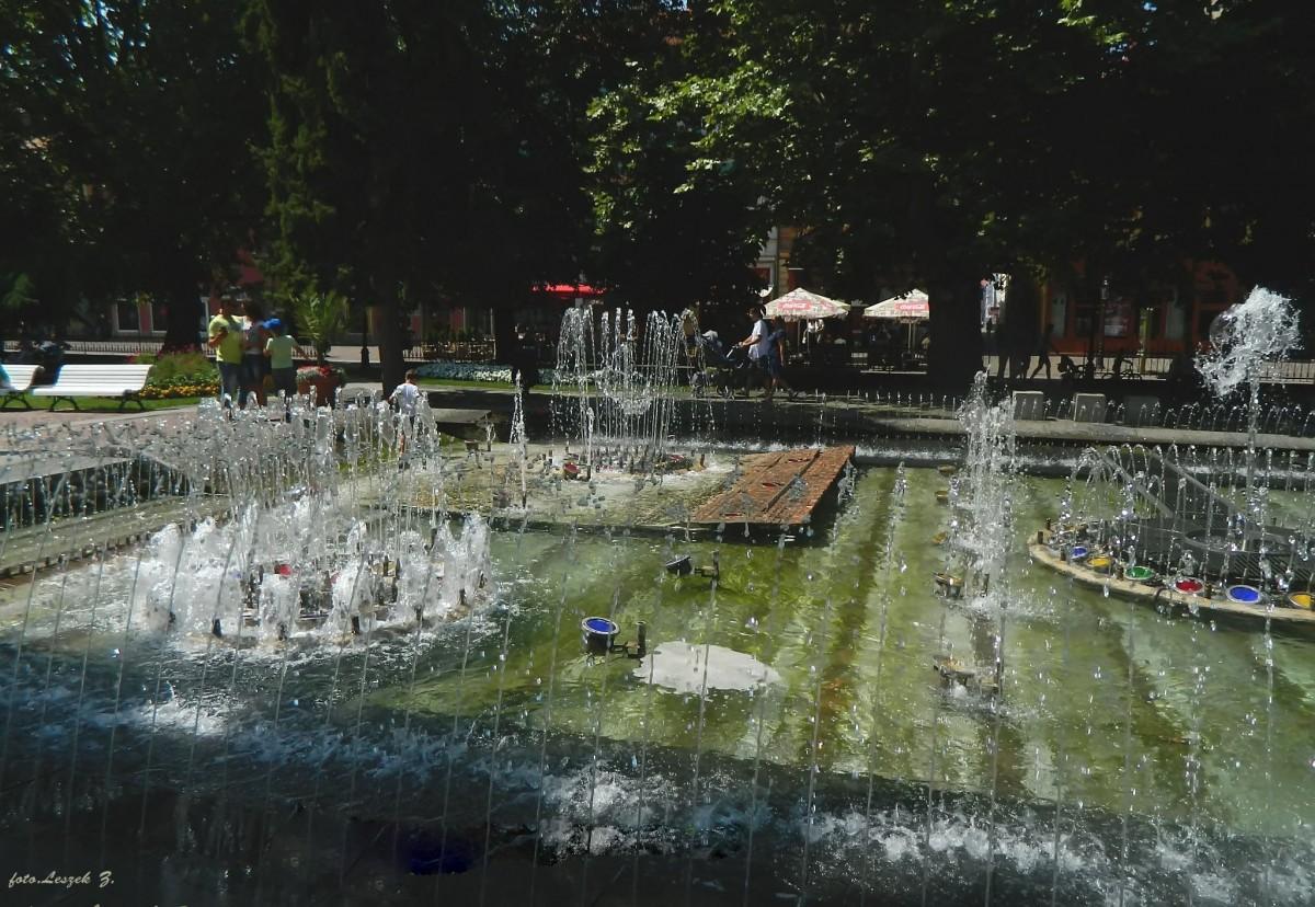 Zdjęcia: Koszyce., Kotlina Koszycka., Koszyce - Śpiewające fontanny., SłOWACJA