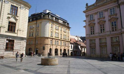 Zdjęcie SłOWACJA / Europa Środkowa / Bratysława / Plac przed Pałacem Prymasowskim